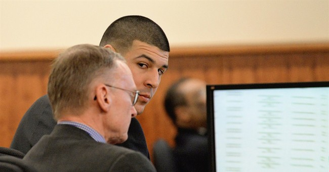 Valet: Hernandez had what appeared to be a gun outside hotel