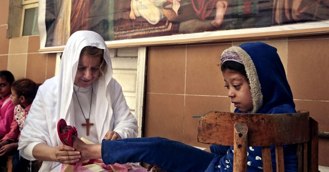 Cairo's Mother Theresa serves children of Egypt's slums