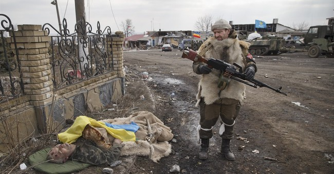 Embattled Ukrainian town struggles to come back to life