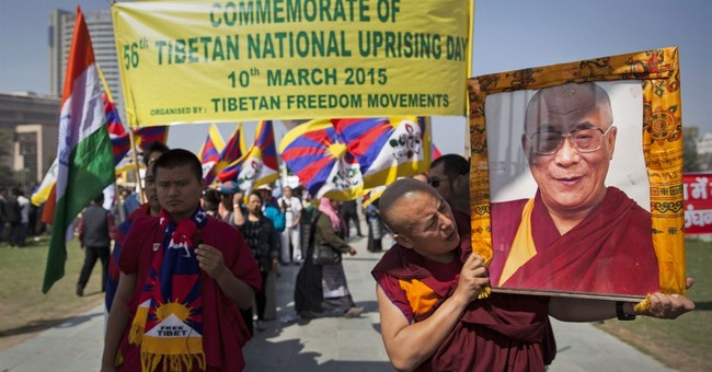 Indian police break up Tibetan protest at Chinese Embassy