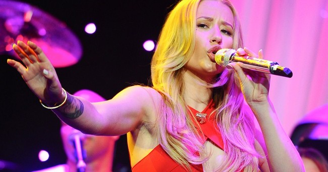 Iggy Azalea reschedules US tour due to production delays