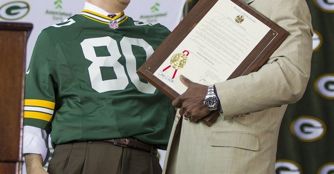 From Bayonne to Green Bay, Christie cheers beloved Cowboys