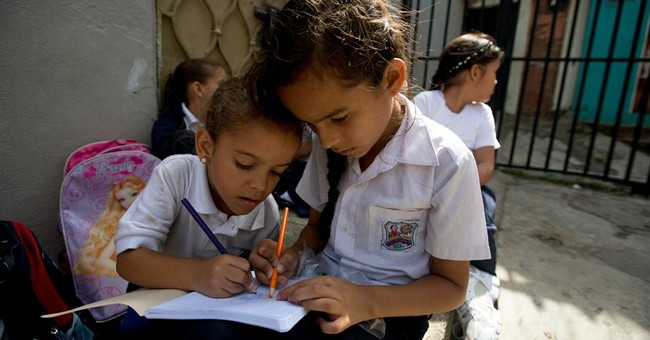 Venezuelan textbooks teach math, science, socialism