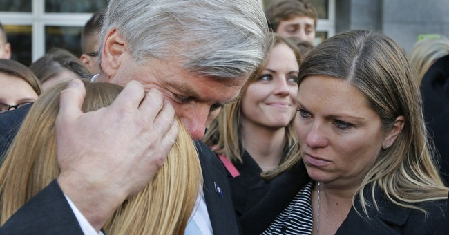 Experts: 2-year sentence for ex-Va gov good news for wife