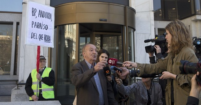 Spain takes over unit of Andorra bank in laundering probe