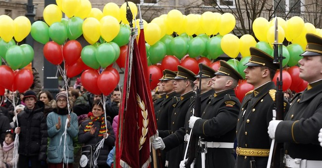 Lithuania marks 25th anniversary of Soviet exit