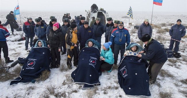 2 Russians, 1 American return from 6 months on space station