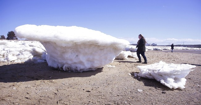 Huge ice chunks are giving parts of Cape Cod an arctic vibe