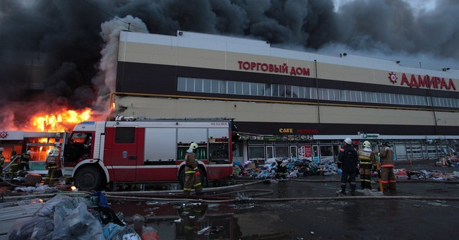 30 feared dead in Russian shopping center fire