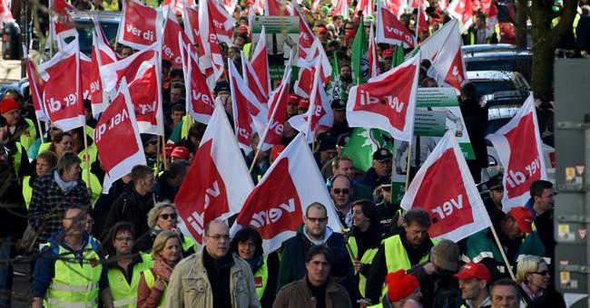 German public workers on strike again in wage dispute