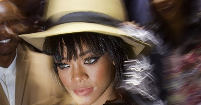 Rihanna to become a new face for Dior
