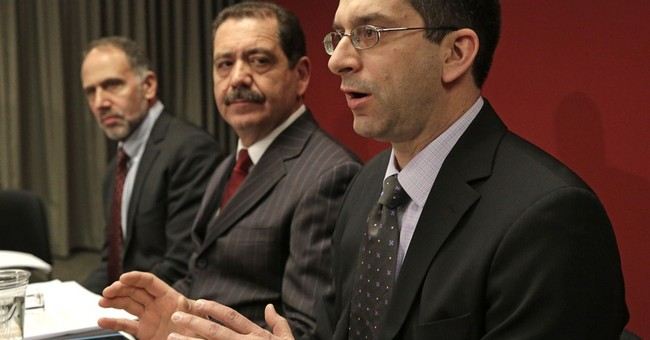 Challenger presses Emanuel in Chicago, but acumen questioned