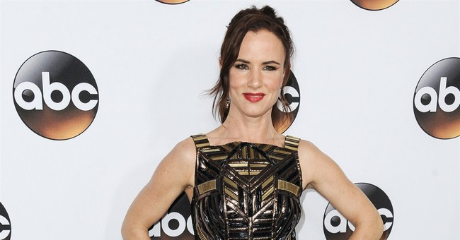 Juliette Lewis says TV role is 'strange and challenging'