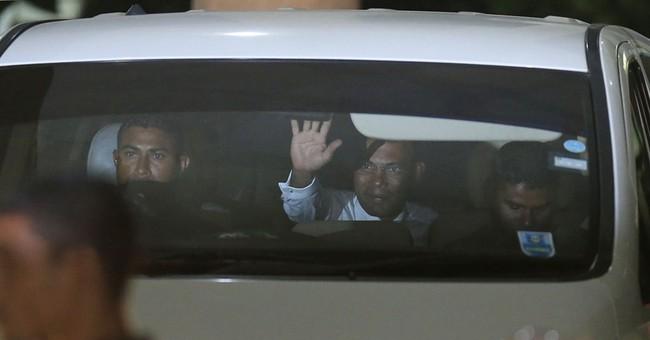 Maldives leader asks respect for verdict against opponent