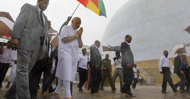 Indian Prime Minister Modi tours Sri Lanka's former war zone