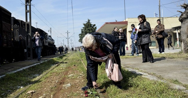 Greek Jews remember transport to Nazi death camps