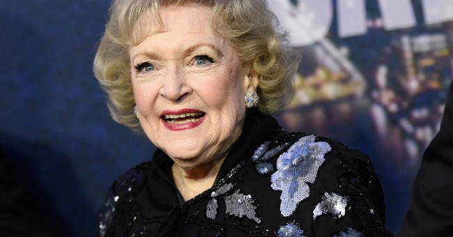 Betty White to get Daytime Emmy lifetime achievement award