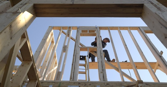US homebuilder sentiment slips in March