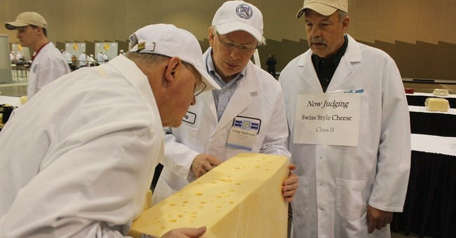 National cheese competition starts in Milwaukee