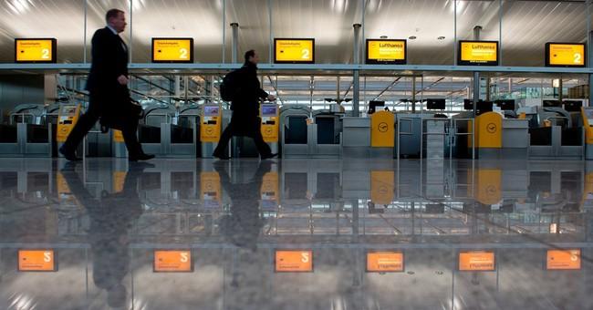 Thousands stranded as Lufthansa strike grounds flights