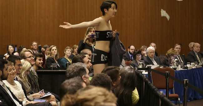 Janet Napolitano apologizes for disparaging student protest