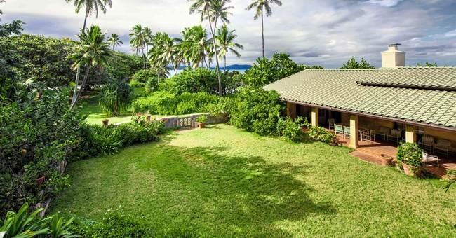 "Hawaii's ""Magnum, P.I."" home sold to Obama's close friend"