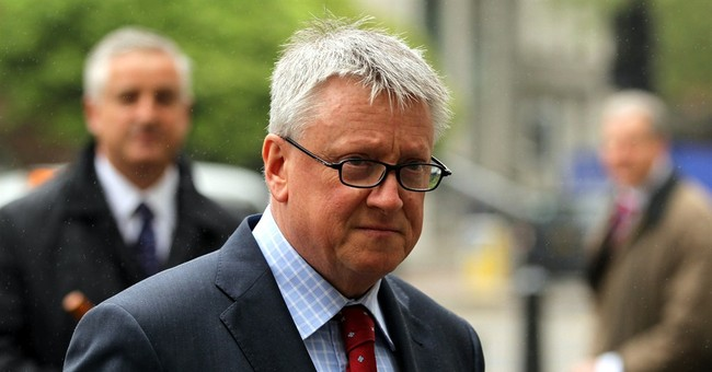4 journalists from UK Sun acquitted of bribery charges