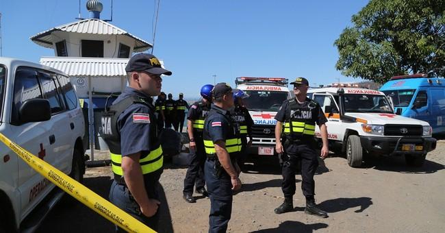 3 dead in tourist catamaran wreck off Costa Rica