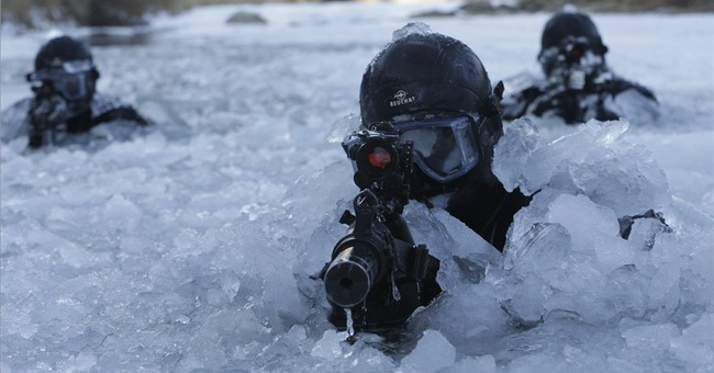 Image of Asia: Training for military combat in Korean winter