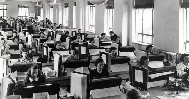 Govt considering using Internet, smartphones for 2020 census