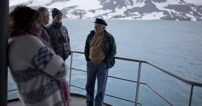 AP PHOTOS: Other-world sights await Antarctica tourists
