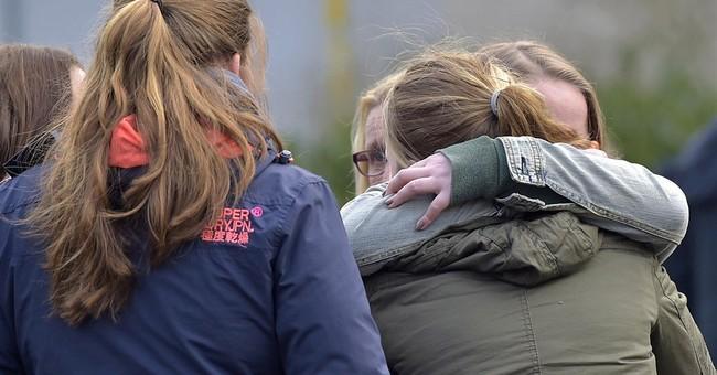 16 German high school students among plane crash victims