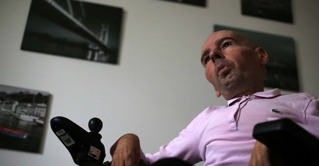 Gay, disabled journalist's 'personal view' new in Serbia
