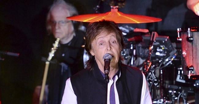McCartney, Metallica to headline Chicago's Lollapalooza 2015