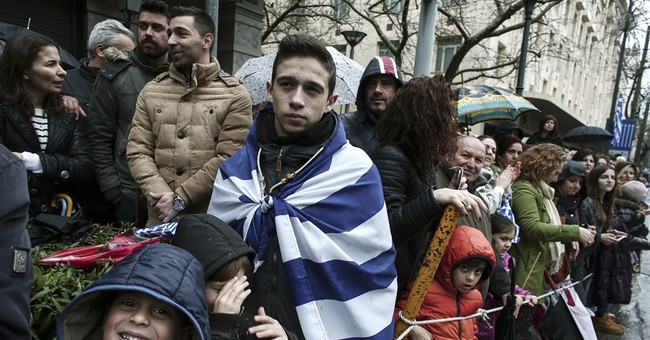 Thousands turn out for Greek Independence Day parade