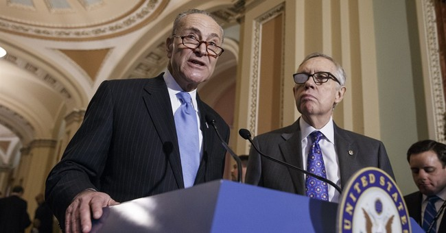 Reid backs Schumer to succeed him as leader