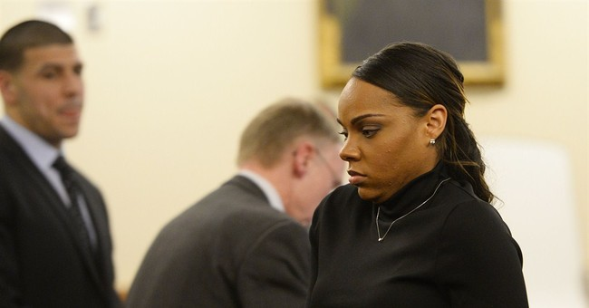 Aaron Hernandez's fiancee: Discarded box smelled like weed