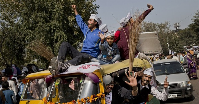 India's upstart anti-graft party shows signs of unraveling