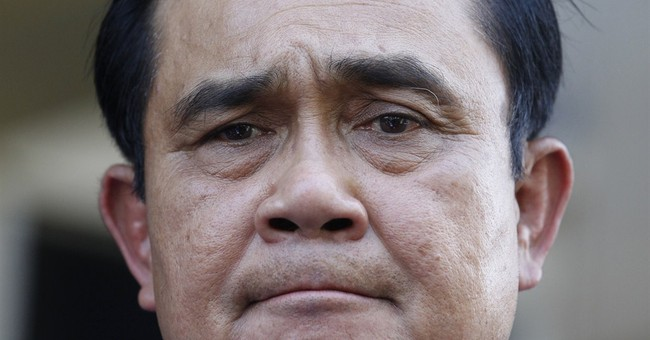 Thai leader moves to lift martial law, impose absolute power