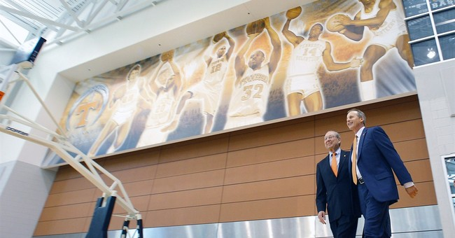 Tennessee hires former Texas coach Rick Barnes