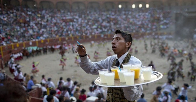 AP PHOTOS: Violent past haunts Peru dances in Ayacucho area