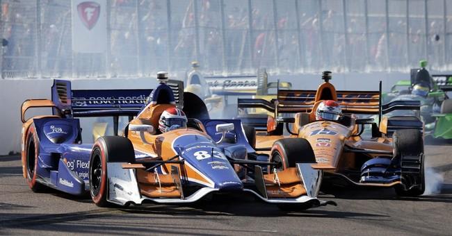 IndyCar's new aero kits leave debris trail in season opener