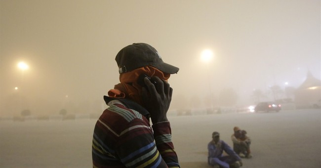 Heavy sandstorm descends onto Dubai, other Gulf cities