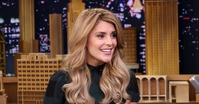 Grace Helbig: a cyberspace star breaks into TV on E! network