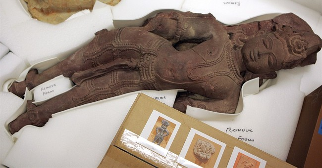 Antiquities looted from India end up at Honolulu museum