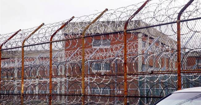 Study: NYC health workers' ethics are compromised in jails