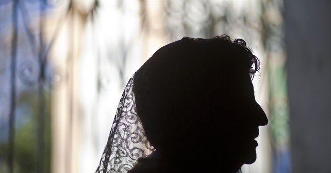 AP PHOTOS: Latin America remembers the Passion of Christ