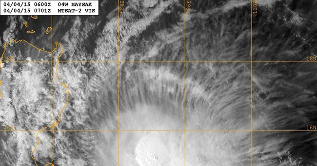 Thousands of Filipinos told to move out of storm's path