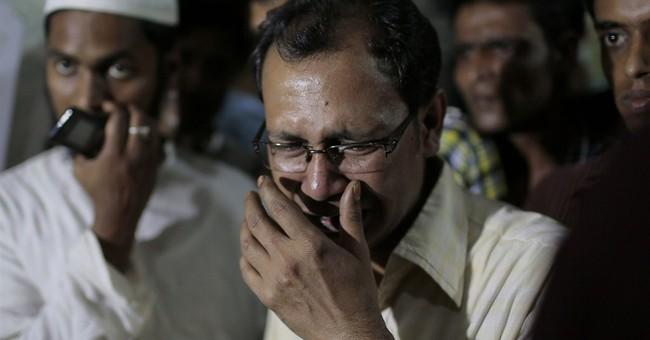 Bangladesh secular writers fearful after 2nd blogger slain