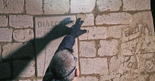 WWI graffiti sheds light on soldiers' experience